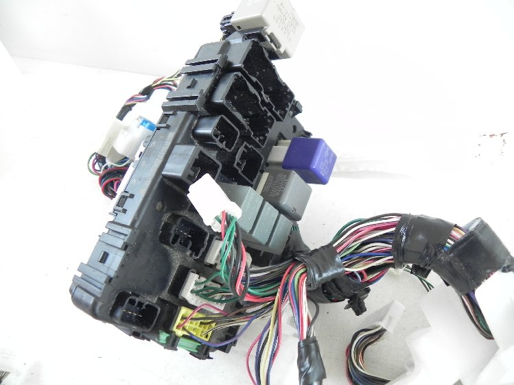 2004 Toyota Matrix Instrumental Dash Wire Wiring Harness
